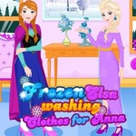 Frozen Elsa: washing clothes for Anna